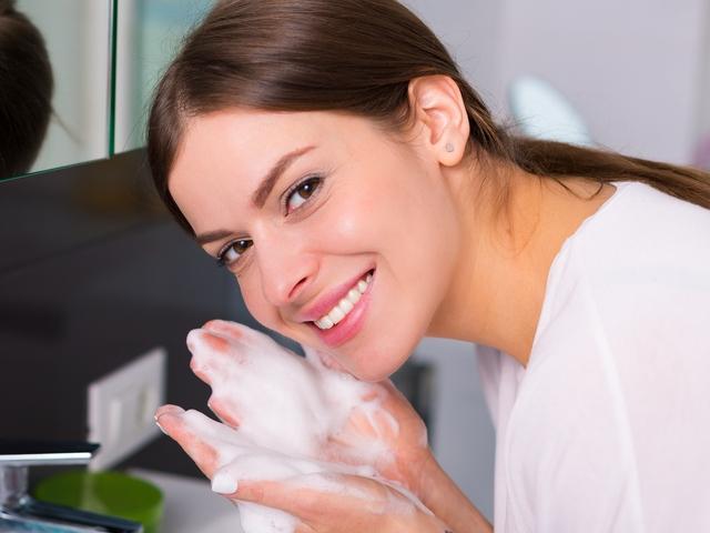 čistač, skidanje šminke